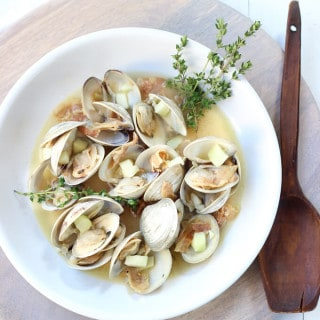 Hop Infused Irish Cider Steamed Clams