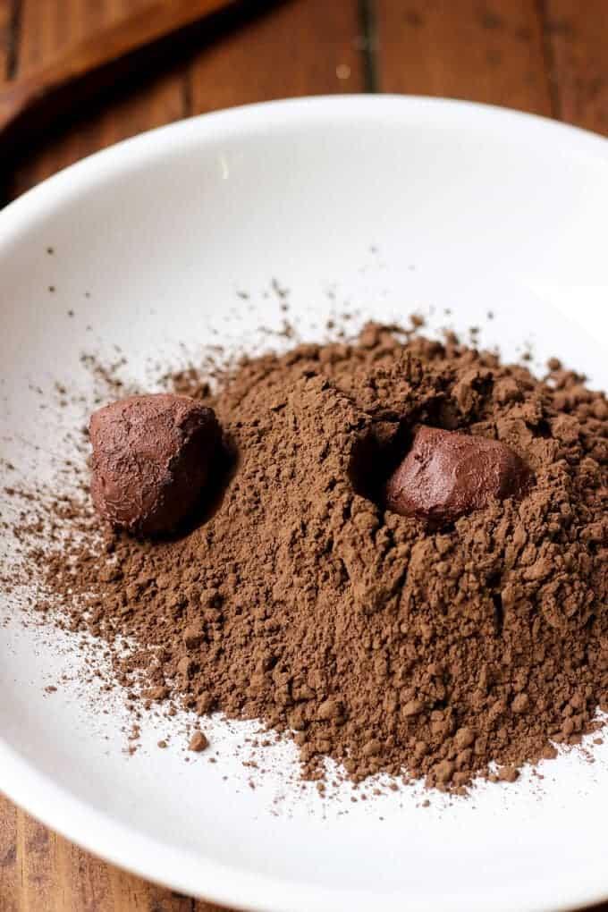 Decadent Dark Chocolate Earl Grey Truffles - Only 2 grams of sugar per truffle! Paleo and Vegan