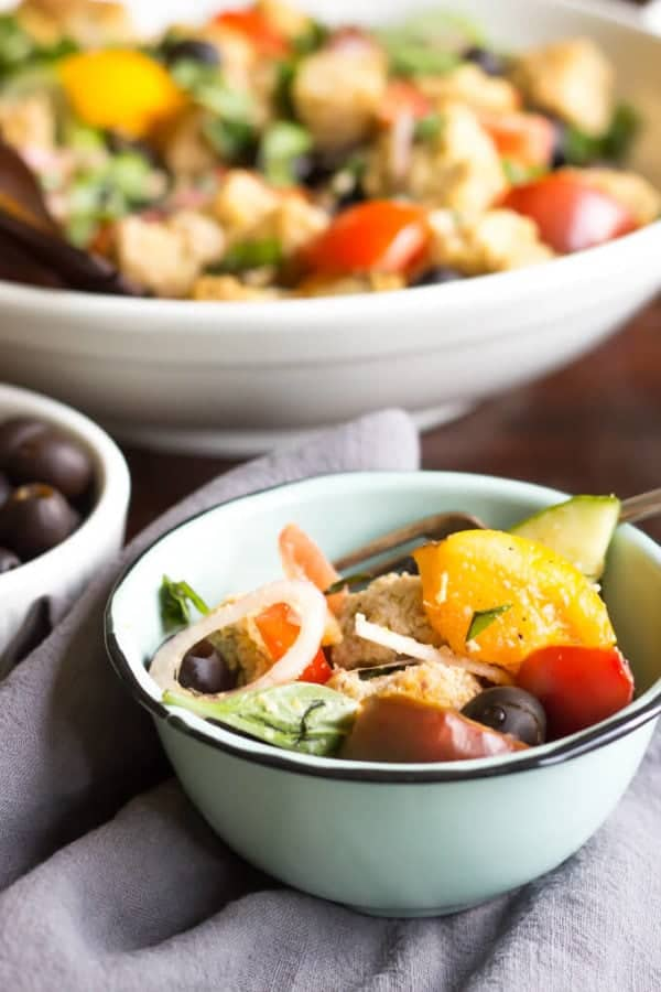 Paleo Panzanella Salad | wickedspatula.com