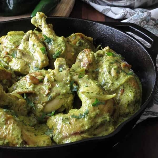 Easy Paleo Chicken Curry - Pan with cooked chicken curry