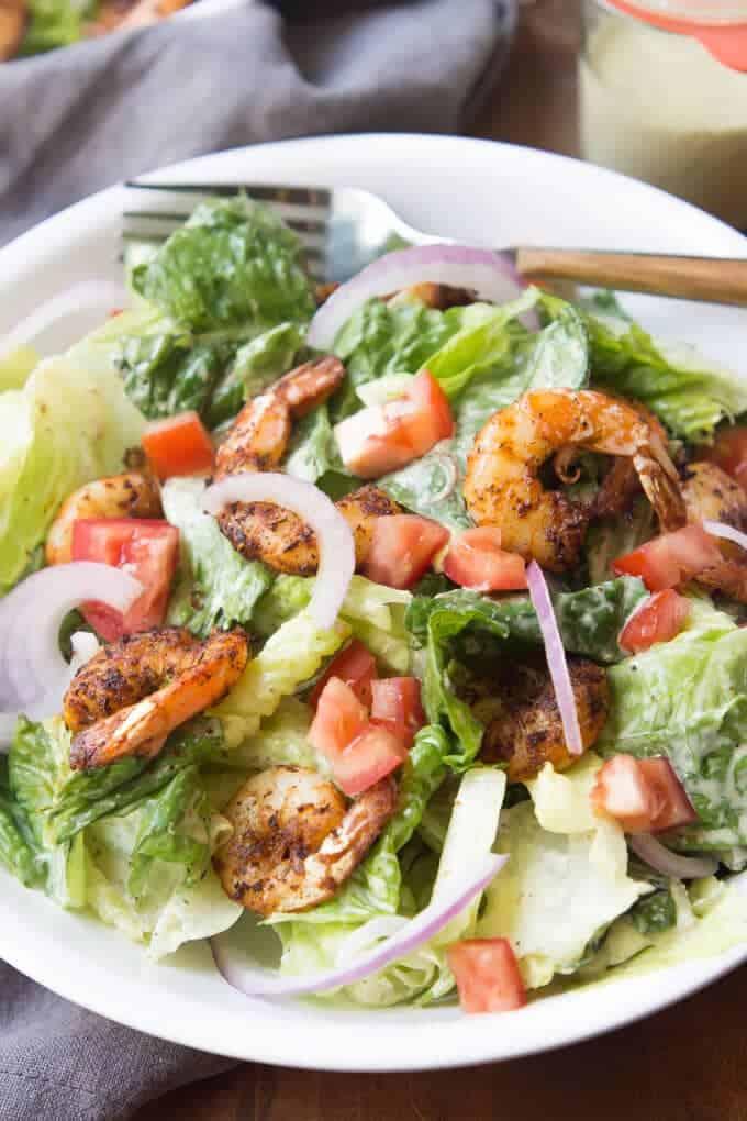 Quick and Easy Paleo Caesar Salad with Cajun Shrimp! | wickedspatula.com