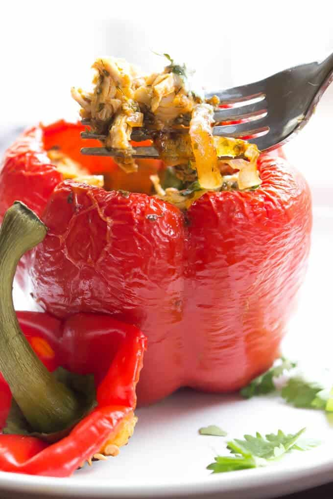 Buffalo Ranch Chicken Stuffed Peppers - Quick and easy this recipe is perfect for weeknight meals! | wickedspatula.com