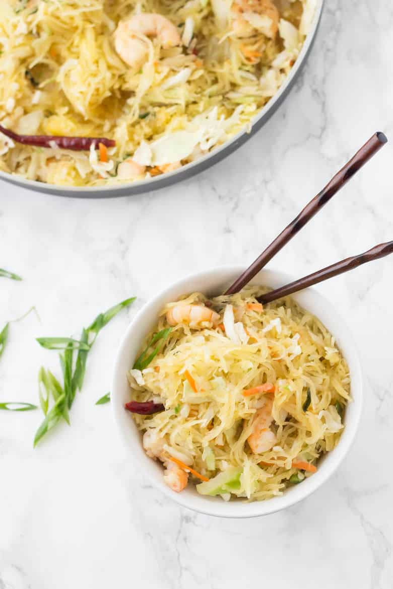 Paleo Shrimp Chow Mein - This easy paleo weeknight dinner has all the flavors of your favorite takeout but with a fraction of the carbs!