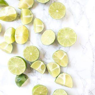 Blender Turmeric Lemonade - This anti-inflammatory drink is perfect for summer!