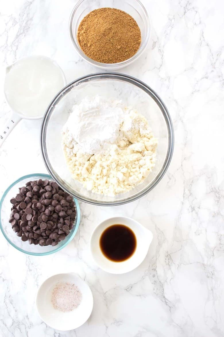 Paleo Chocolate Chip Cookie Brittle ingredients