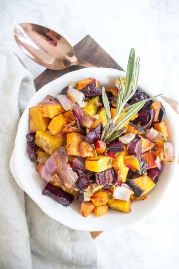 These Rosemary Roasted Root Vegetables are packed full of delicious fall flavors. They also make a great healthy side for Thanksgiving or Christmas!
