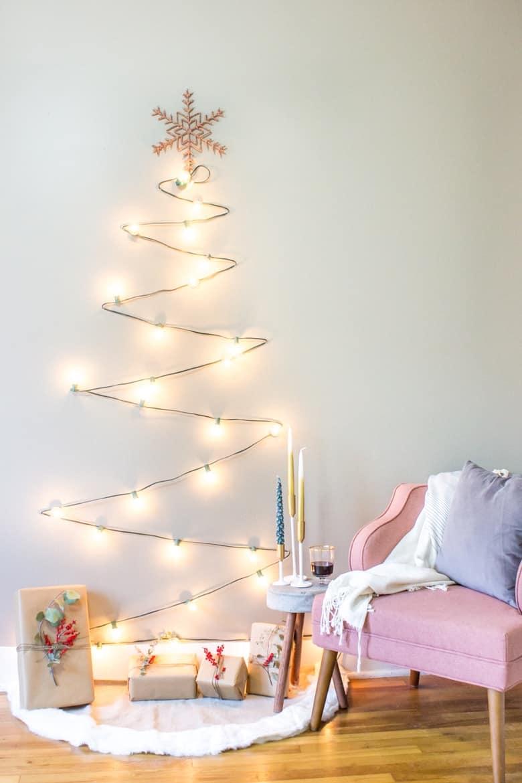 Diy minimalist christmas light tree wicked spatula for Minimalist christmas tree