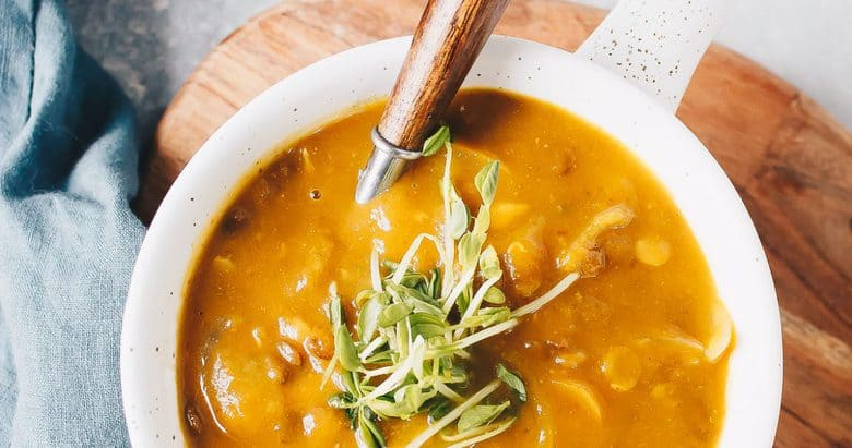 Curried Pumpkin and Lentil Soup