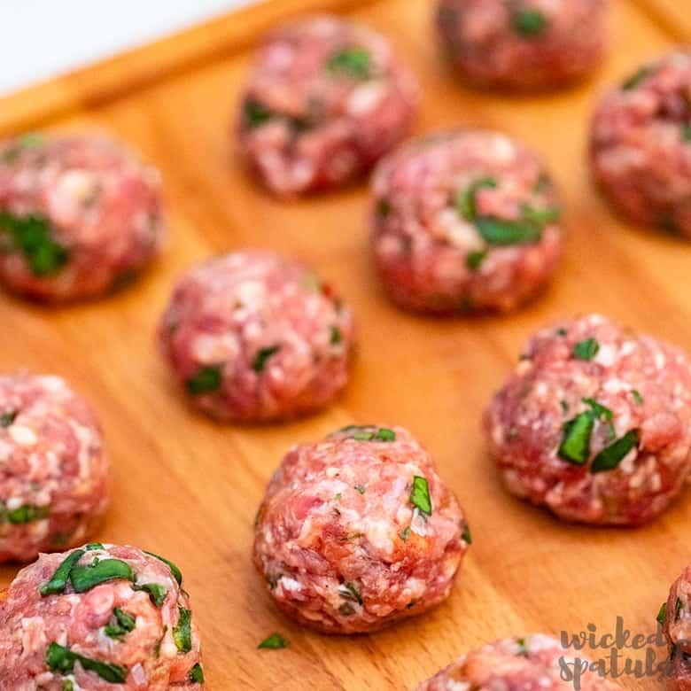 paleo Italian meatballs rolled into balls