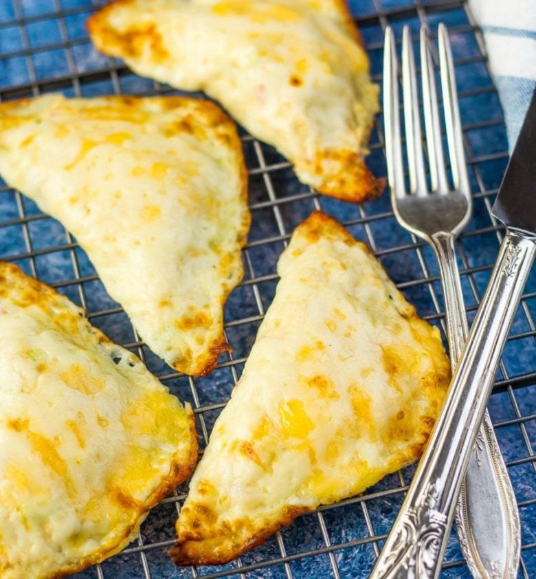 Tuna melts on wire cooling rack with forks